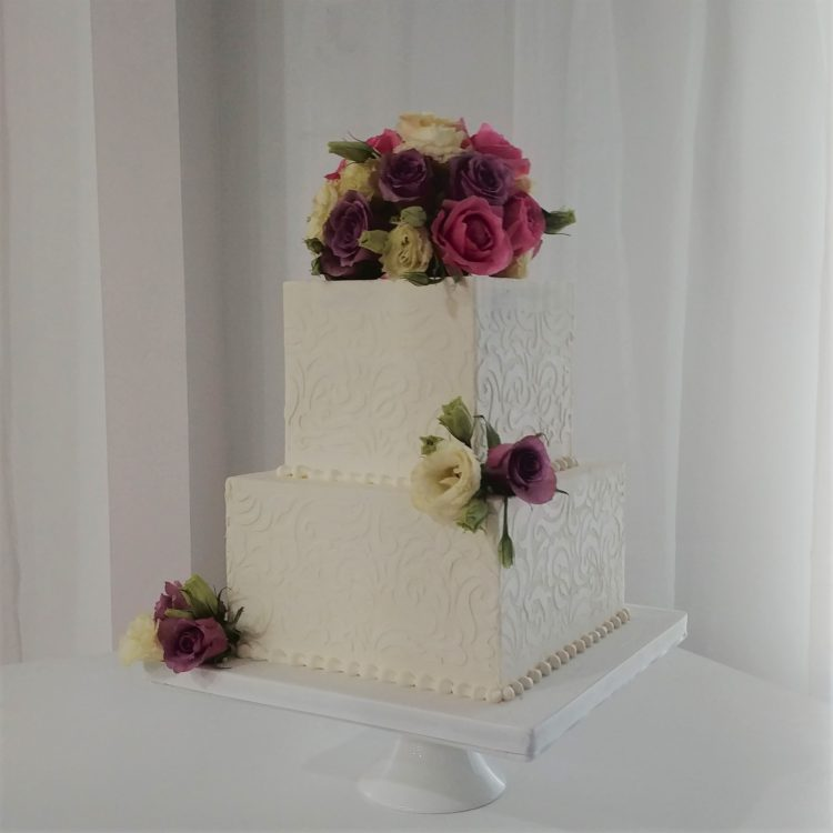 Dusty rose square cake